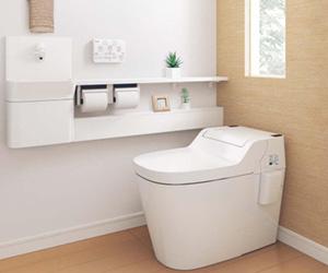 リフォーム提案、落ち着く色合いのトイレの写真