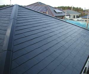 屋根のリフォーム工事の施工事例