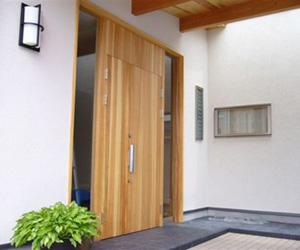 玄関リフォーム例の写真