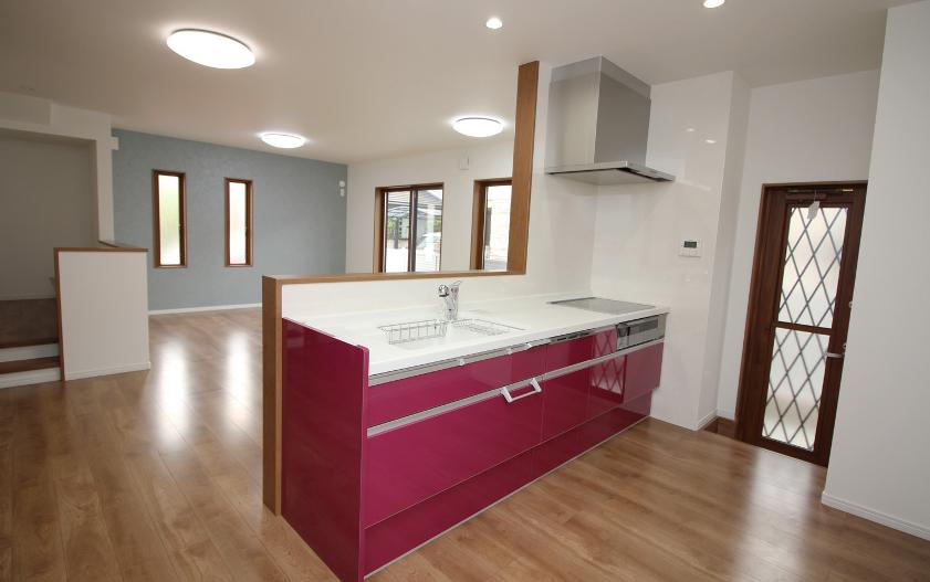 きれいなキッチンの住宅